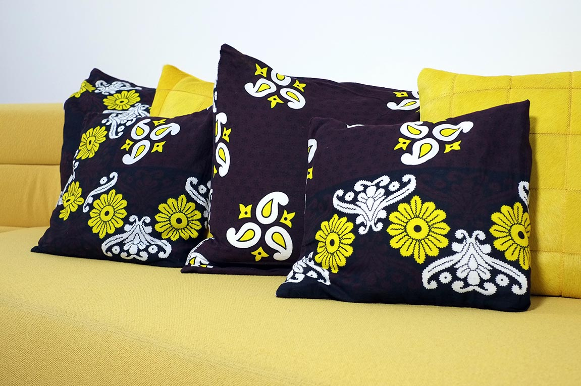 Coussins tissu africain, note exotique et peps !