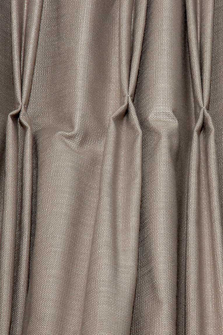 Confection de tentures, plis simples.